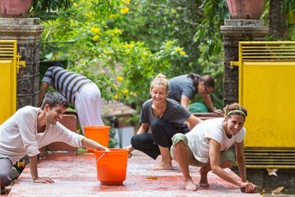 Karma Yoga Scrubbing Steps